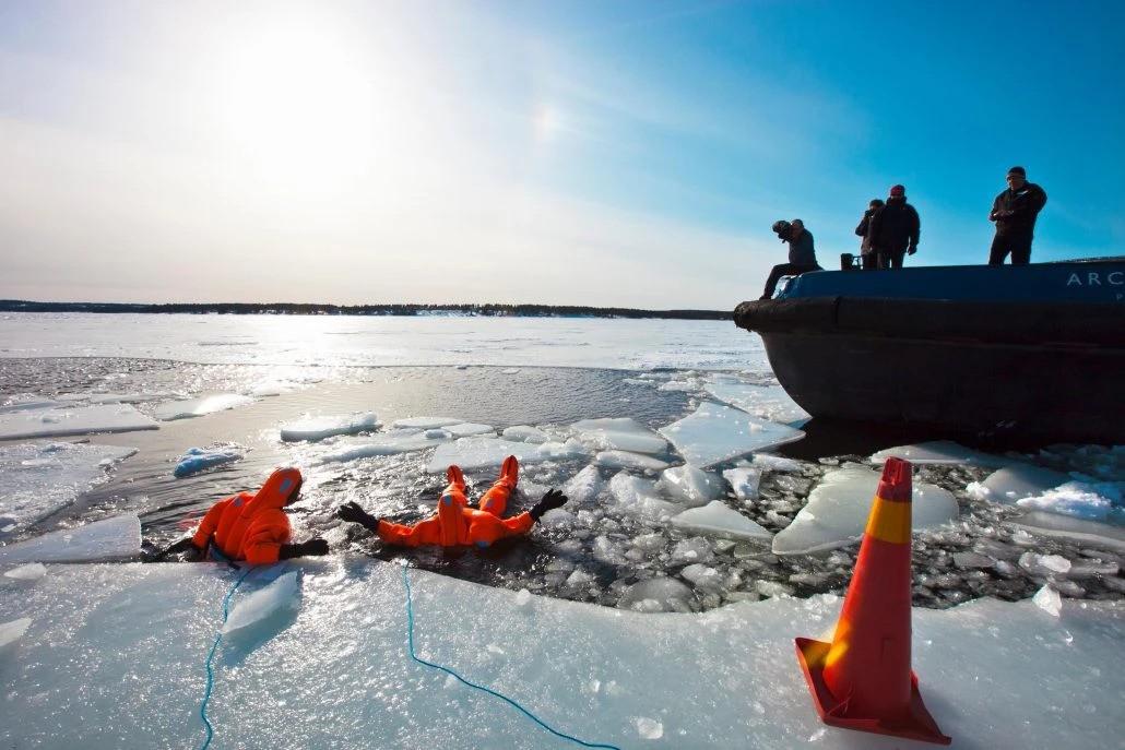 Icebreaker Polar Explorer